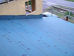 西側の屋根の作業